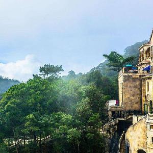 (特價)越南峴港-巴拿山一日往返接送車