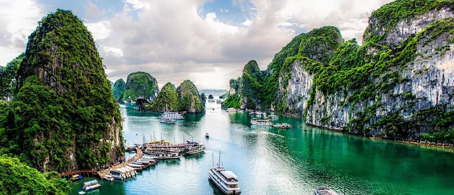越南下龍灣電影路線一日遊(驚訝洞+鬥雞石+天堂島)