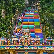 吉隆坡黑風洞+皇家雪蘭莪錫器廠+蠟染布制造廠一日遊