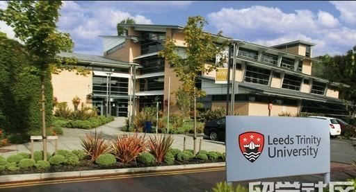 英國留學費用最低排名前十的大學